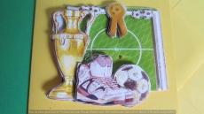 Grusskarte mit 3-D-Fussball-Motiv - Sportschuhe, Fussball/Pokal
