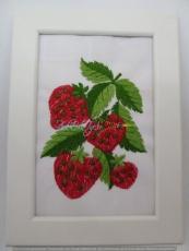 Stickbild Erdbeeren